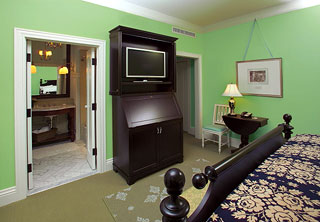 Rooms at the new Bedford Springs resort will feature amenities such as LED TVs among historically accurate décor.