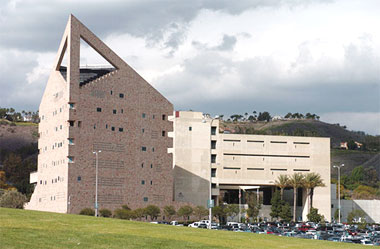 Eyesore of the Month: the CLS Building at Cal Poly Pomona