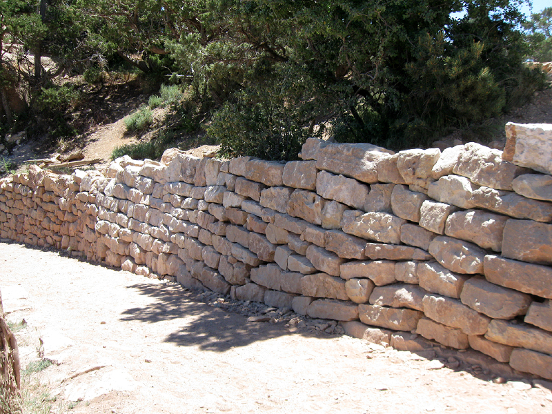retaining-wall-made-with-kaibab-limestone-south-kaibab-trail