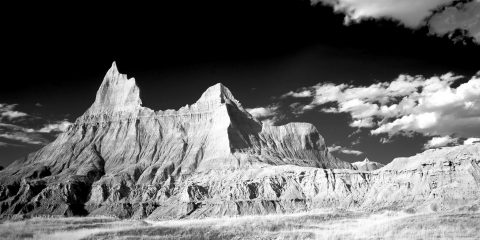 badlands-bw