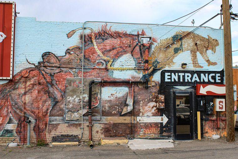 Exterior, Sun Dance Bar, Winnemucca