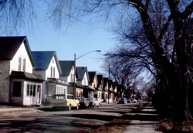 Milwaukee Avenue during the early 1970s