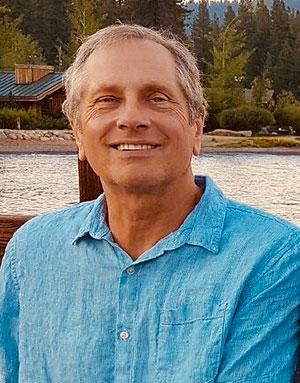 Paul Lindholdt